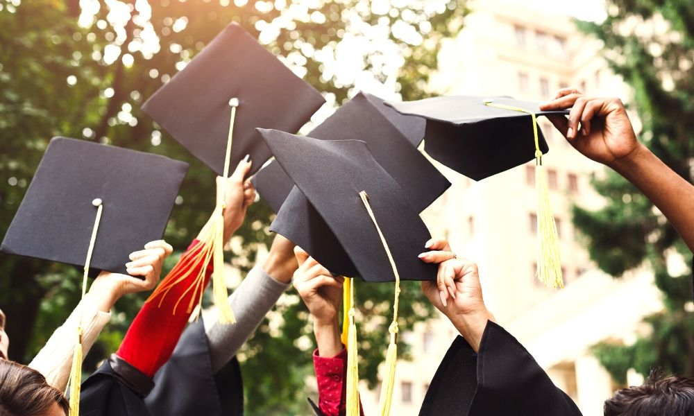Give from the Heart: The 5 Best Handmade Graduation Gifts