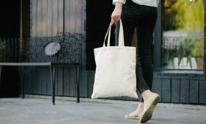 Reasons To Use a Tote Bag Instead of a Purse