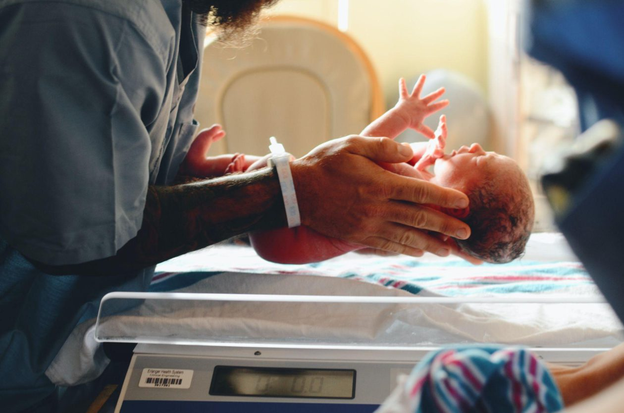Pregnancy Tips: What Can Go Wrong While Giving Birth?